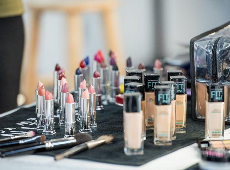 Dlaczego nie wolno używać przeterminowanych kosmetyków?