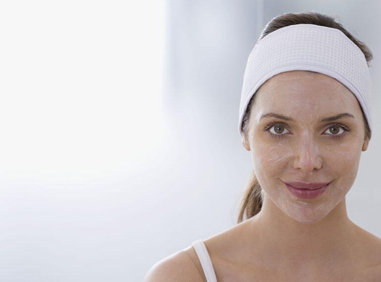 Jak dbam o cerę naczynkową? Peeling gommage to moje kosmetyczne odkrycie